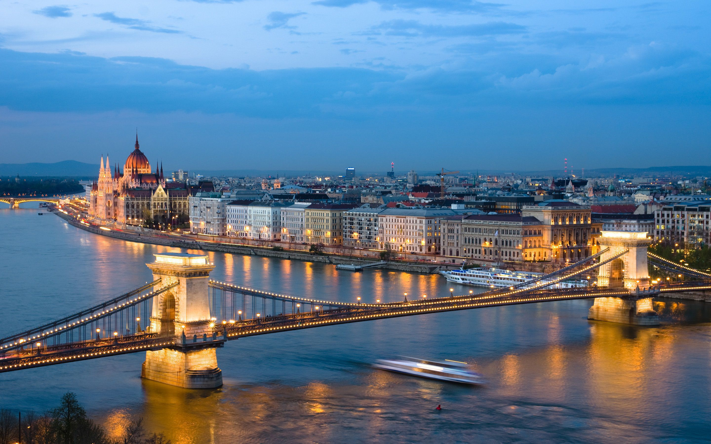 ماه عسل باحال بوداپست مجارستان