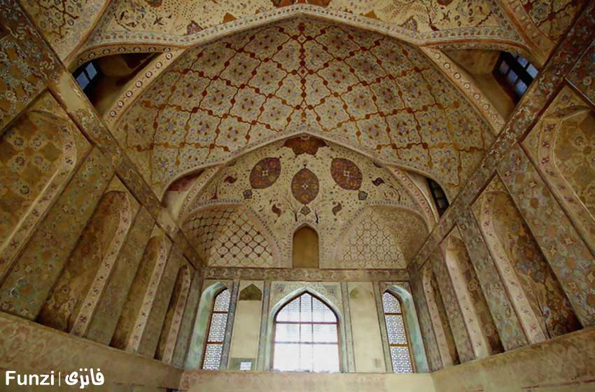 معماری داخلی کاخ عالی قاپو 1