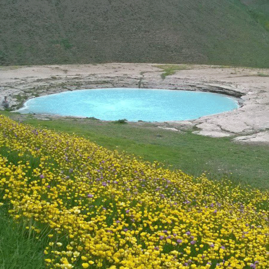 چشمه ی جوشان و دریاچه ی دیو آسیاب فانزی