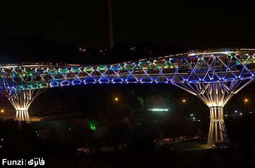 پل طبیعت برای شب گردی در تهران