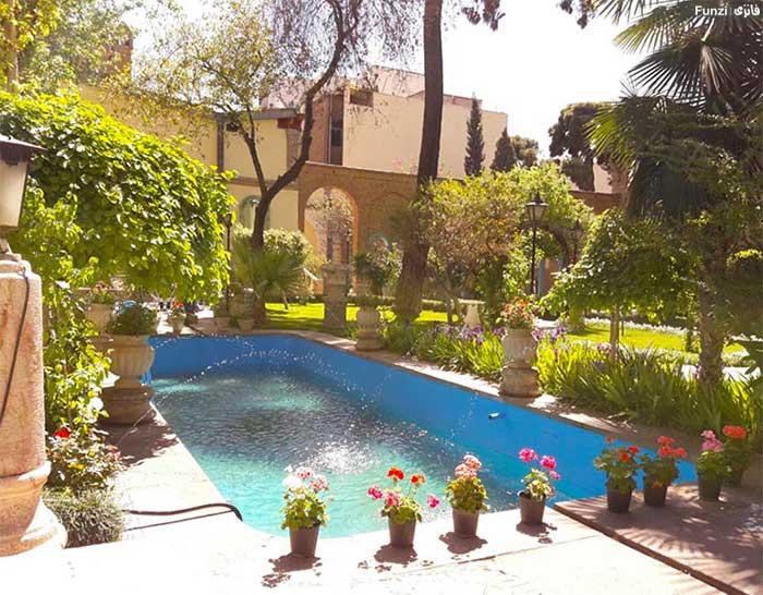خانه مقدم از جاذبه های دیدنی تهران