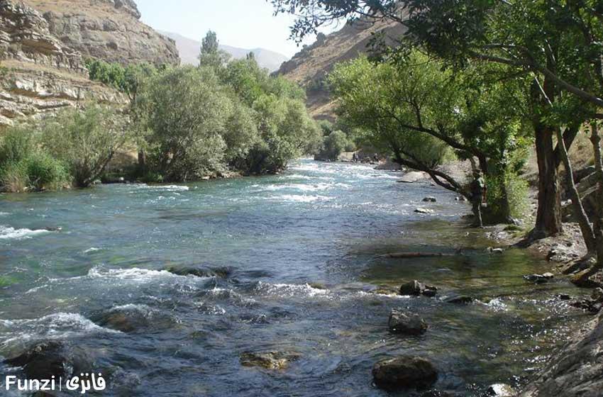 رودخانه جاجرود در حوالی لواسان