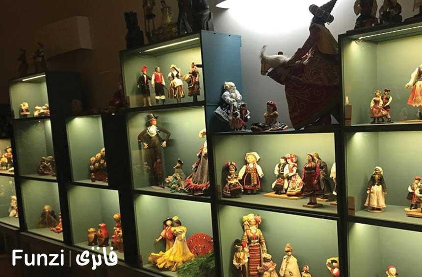 ساعت بازدید موزه عروسکهای ملل