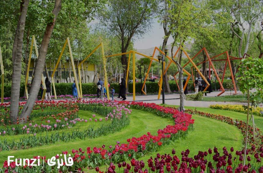 ورودی باغ گلها کرج | باغ گل کرج فانزی