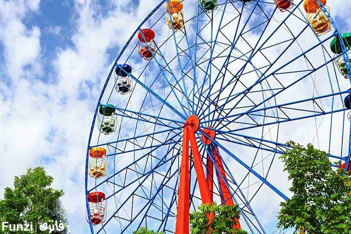 چرخ و فلک زیبای پارک ارم