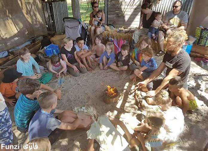 دوررهمی کودکان و مربیان در مدرسه طبیعت