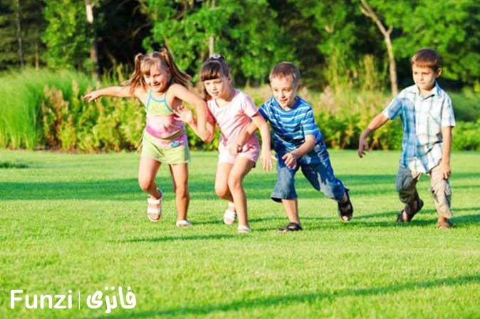 کودکان در حال ورزش و بازی