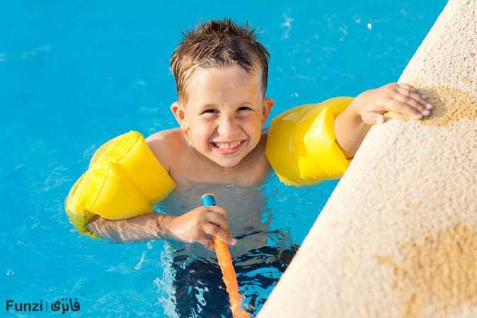 وسایل کمکی در آموزش شنا کودکان