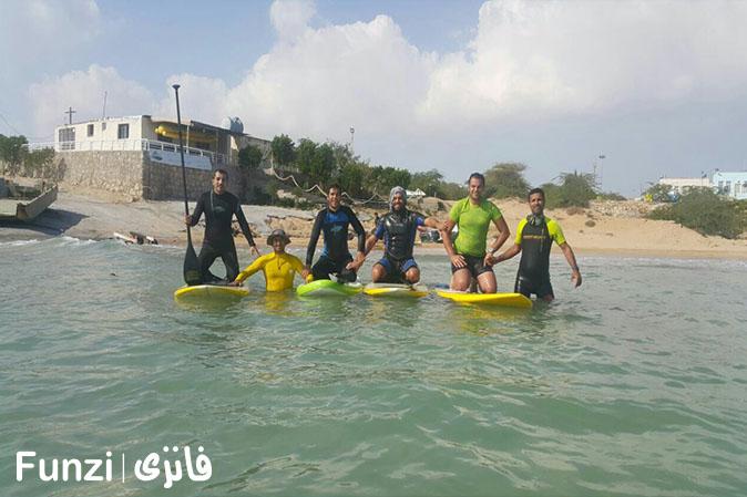 موج سواری در قشم، یکی از مکان های موج سواری در ایران
